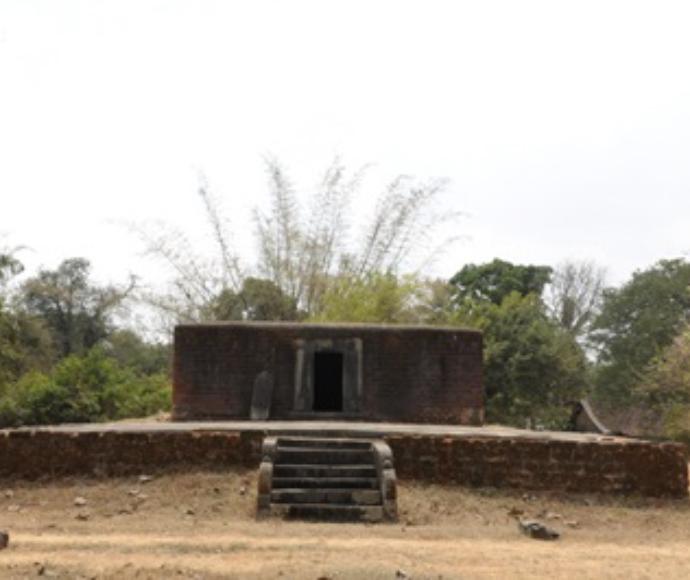 Parsvanatha Basti, Kubatur